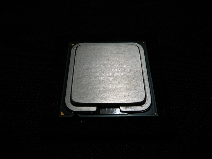 Intel Core2 Duo-E4400