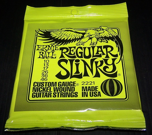 ERNIEBALL REGULAR SLINKY